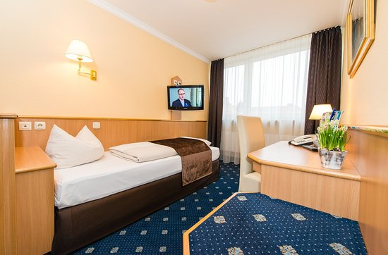 Hotel Royal: Guest Room