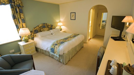 Guest Room - Cotswold Lodge Hotel