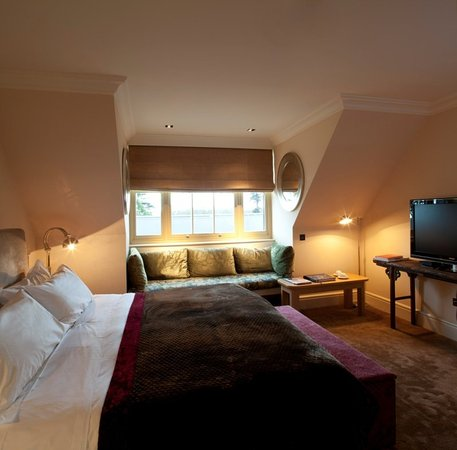 Stoke Poges, UK: Deluxe Pavilon Room