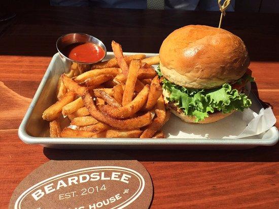 Bothell, Etat de Washington : Burger and fries