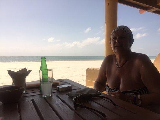Blue Marlin Beach Restaurant: petit verre en terrasse ;)