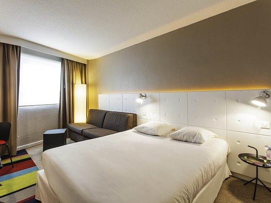 Chasse-sur-Rhône, France : Guest Room