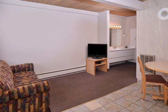 Fernie, Canada: One Queen Bed Suite
