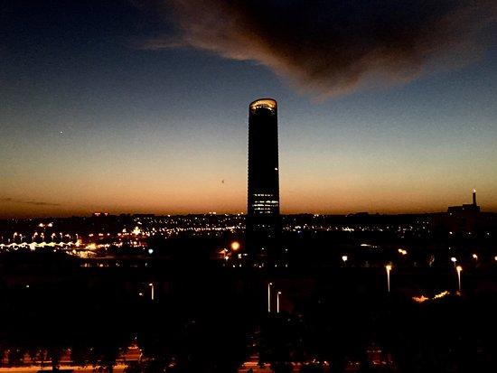 NH Sevilla Plaza de Armas: Uitzicht van dakterras