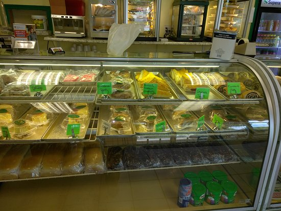 Miami Gardens, FL: Restaurant Bakery and menu