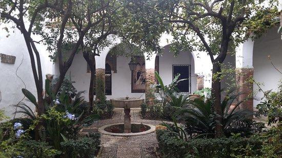 Jewish Quarter (Juderia): 20161020_105855_large.jpg