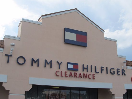 5118f6534 loja da tommy - Picture of Orlando International Premium Outlets ...