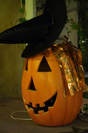 Pictures Of Halloween Decorations