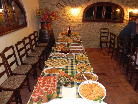 Villa Le Torri: Welcome Buffet