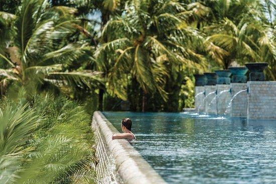 Four Seasons Resort Langkawi, Malaysia: FSLan_AdultQuietPool