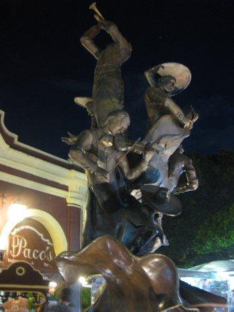 Jardin Hidalgo: Escultura
