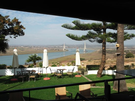 Ayamonte, Espagne : View from the Restaurant and Bar, spectacular views towards Portugal