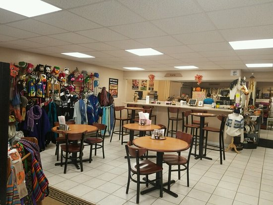 Tagua Nut Gift Shop & Cafe: Dining Room