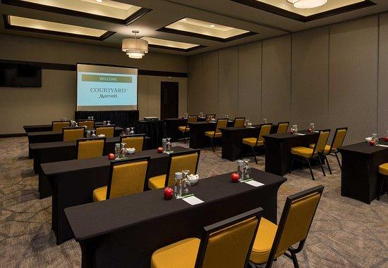 Lafayette Grand Ballroom - Classroom Setup