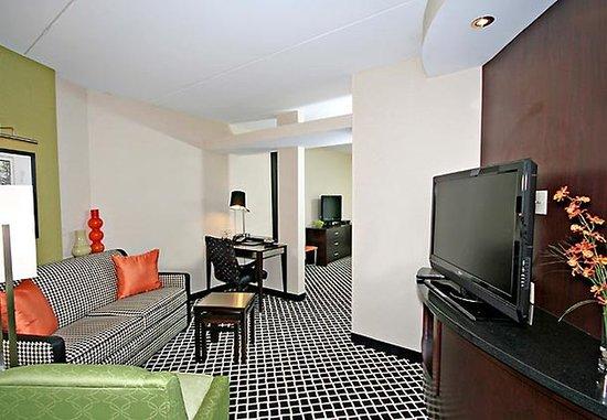 Elkin, Kuzey Carolina: Suite Living Area