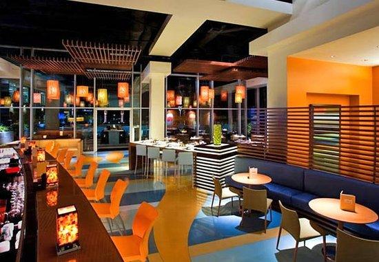 Aliso Viejo, Καλιφόρνια: Bar & Lounge