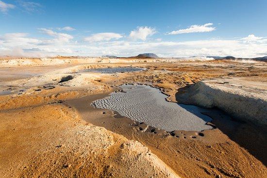 Lake Myvatn, IJsland: the wind in the mud pool