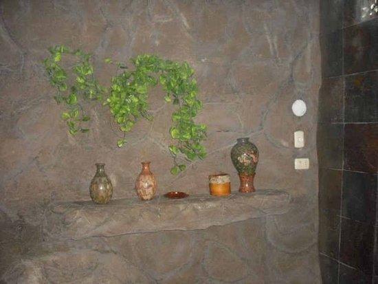 Birri, كوستاريكا: Large room with jacuzzi tub