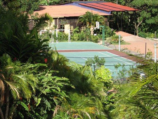 Birri, كوستاريكا: Tennis, Basketball, Jym, Soccer, Fishing, Foosball, Pool table, Quadra cycle and horse rentals.
