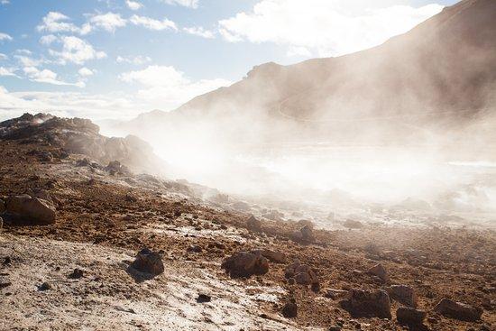 Lake Myvatn, IJsland: smoke from the earth