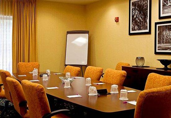 Statesboro, Джорджия: Executive Boardroom