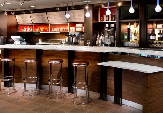 Collierville, TN: The Bistro Bar