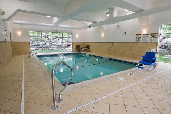 Lenox, MA: Indoor Swimming Pool