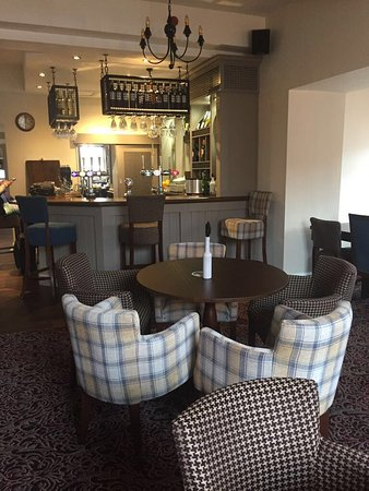 Yeadon, UK: Recently refurbished Bar, Snug / Breakfast room and Function Room