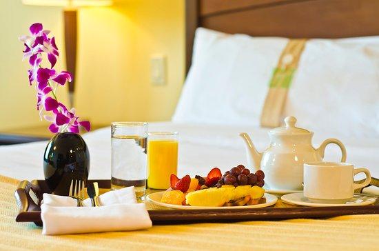 Holiday Inn Panama Canal: Room Service