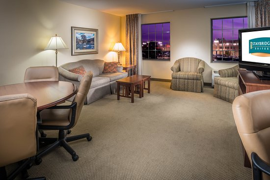 Maumee, OH: Break-out Room