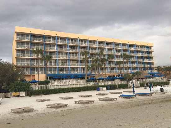 Doubletree Beach Resort by Hilton Tampa Bay / North Redington Beach: photo1.jpg