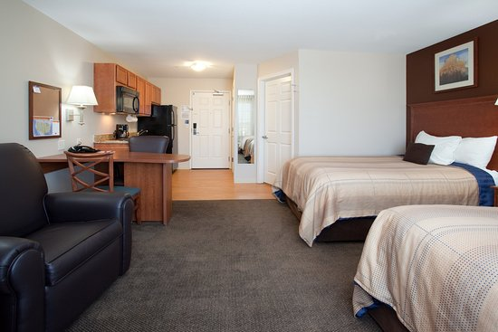 Studio Suites available with two beds in Loveland, CO.