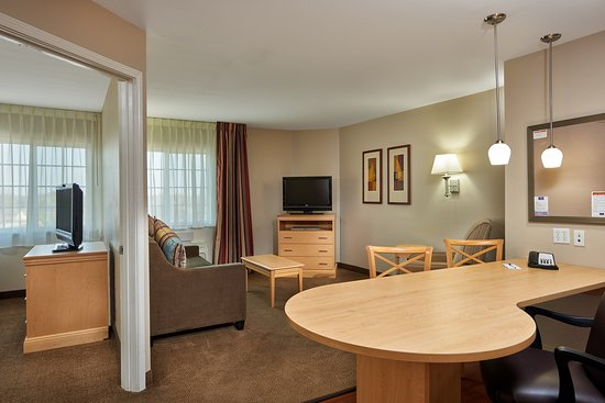 Candlewood Suites Houston Park 10: One Bedroom King Suite Living Area