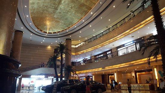 Jiangmen, Chine : IMG_20161016_183310232_large.jpg