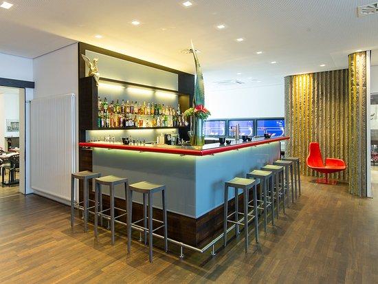 art & business Hotel : Hotel Bar