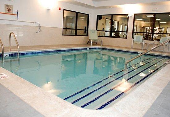 Windsor Locks, CT: Indoor Pool