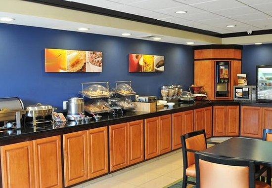 Clovis, Kalifornia: Breakfast Buffet