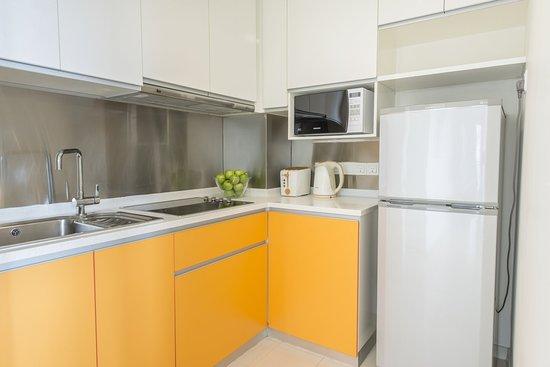 Citadines Mount Sophia Singapore: Kitchen of 1 Bedroom Executive apartment