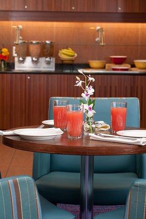 Auburn, Maine: Dining Area