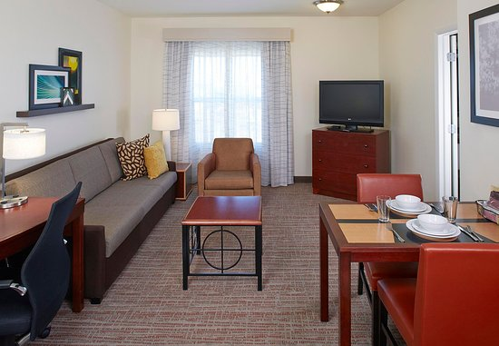 Residence Inn Clearwater Downtown: One-Bedroom Suite