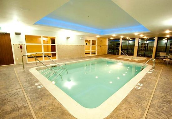 Hesperia, Калифорния: Indoor Pool