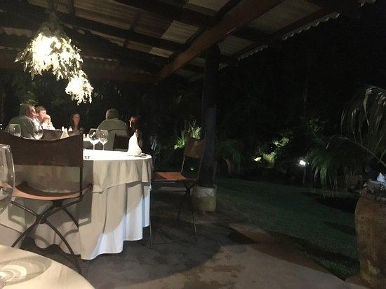 Amanzi Restaurant Image