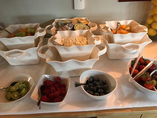 Depoe Bay, OR: Breakfast buffet
