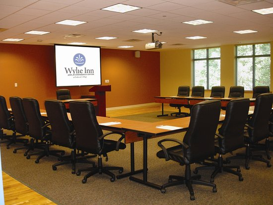 Beverly, MA: Conference Room