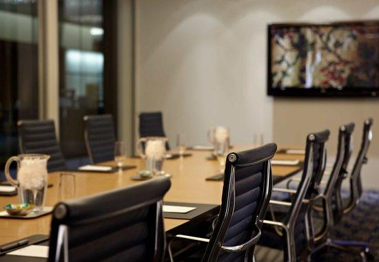 Dorval, Canada: Executive Boardroom