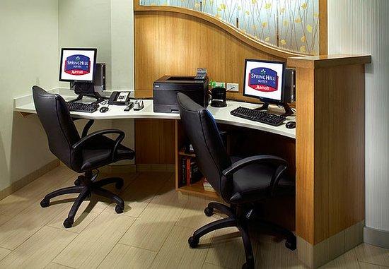 Webster, TX: Business Center
