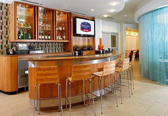 Webster, TX: Cocktail Lounge