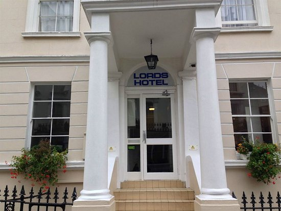 Photo of Lords Hotel London