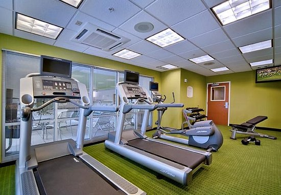 Oak Creek, WI: Fitness Center
