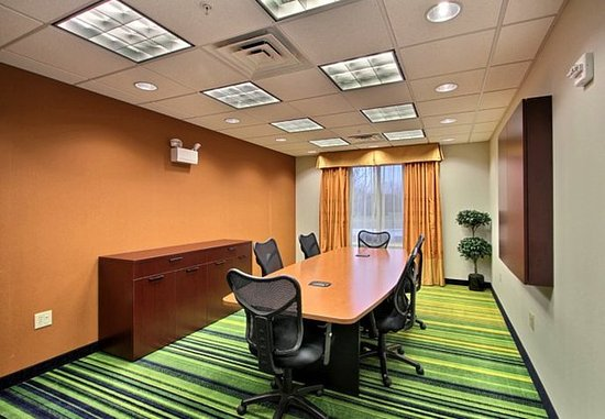 Oak Creek, WI: Boardroom